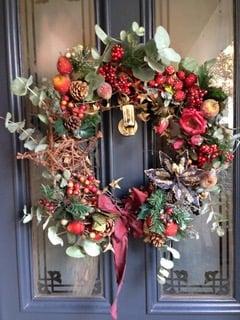 Christmas wreath on door from Guest Bedroom blog MG Interior Design
